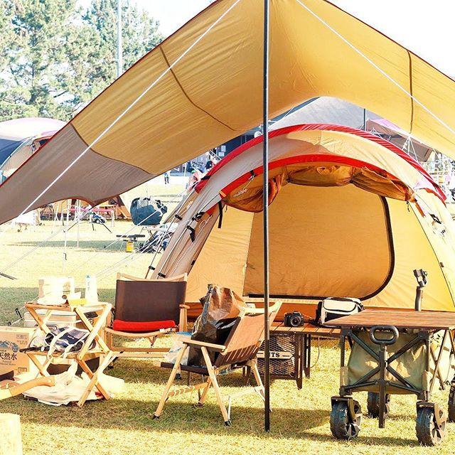 過去キャンプpic.310月27.28日静岡県渚園キャンプ場にてだいぶテントを立てるのが早くなった️立てるたびにスノーピークのこだわりや、思いやりを感じます^_^#渚園 #渚園キャンプ #leathact #camp #アウトドア #アウトドア好きな人と繋がりたい #スノーピークテント #エントリーパックtt #エントリーパック #レザクト #キャンプ好きな人と繋がりたい #秋キャンプ #outdoor #outdoors #outdoorlife #snowpeak